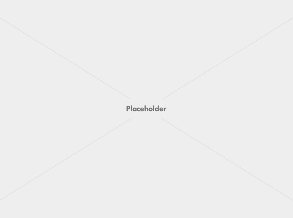 placeholder 1600 1000x745 - About Me